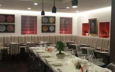 Банкетный зал ресторана Cinq Sens (Пять чувств) в Звенигородском