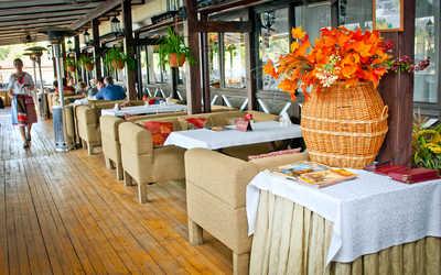 Банкетный зал ресторана Старая Мельница на Левобережной улице фото 2