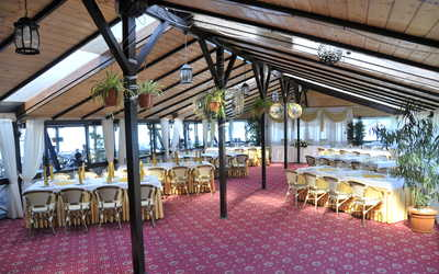 Банкетный зал ресторана Старая Мельница на Левобережной улице фото 3
