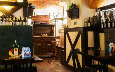 Банкетный зал пивного ресторана Кнайпе Jager Haus (Ягер Хаус) в Итальянской фото 2