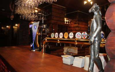Банкетный зал ресторана Конь в пальто в Российском