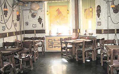 Банкетный зал бара, кафе Жюль Верн в Победах фото 1