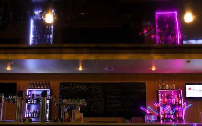 Банкетный зал бара Fidel (Фидель) в Октябре