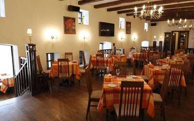Банкетный зал ресторана Лунный дворик в Басманной Нов.