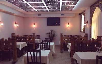 Банкетный зал кафе Бакинский Бульвар на Курской улице фото 1