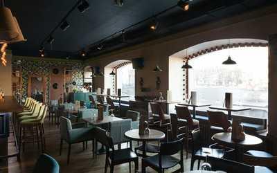 Банкетный зал бара, ресторана Комната (Room) в Реках Фонтанки фото 1