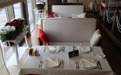 Банкетный зал ресторана Porto Maltese (Порто Мальтезе) на Подлужной улице