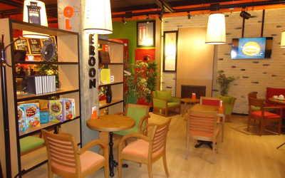 Банкетный зал кафе Mambocino (Мамбочино) в Чернышевскоге фото 3