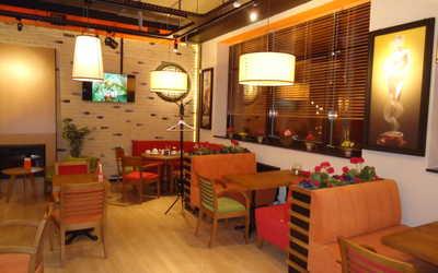 Банкетный зал кафе Mambocino (Мамбочино) в Чернышевскоге фото 2