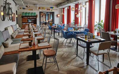 Банкетный зал кафе, ресторана Пряности & Радости на Белинского