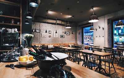 Банкетный зал кафе Piggy (Пигги) в Лиговском фото 3