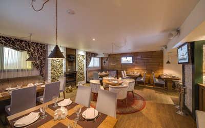 Банкетный зал ресторана Кинза и Базилик на Свердлова