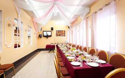 Банкетный зал ресторана Redvill резиденция (Редвиль) на проспекте Красных Командиров