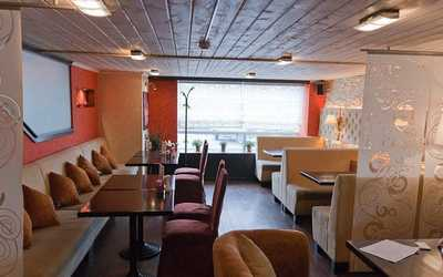 Банкетный зал ресторана Своя компания в Амундсене