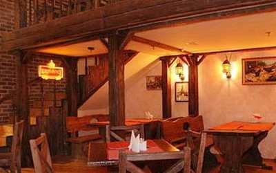 Банкетный зал пивного ресторана, ресторана Пивная традиция на проспекте Маршала Жукова
