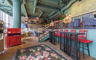 Банкетный зал кафе 15 сестер на проспекте Академика Сахарова