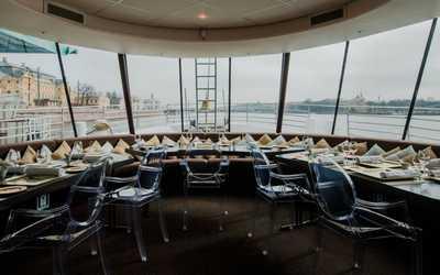 Банкетный зал ресторана River Lounge (Ривер Лаундж) на Университетской набережной фото 1