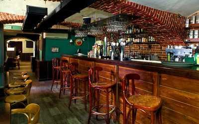Банкетный зал бара, кафе Кронборг (бывш. HOP&HOPE) на Владимирском проспекте