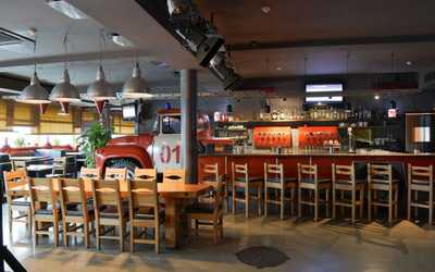Банкетный зал бара, ресторана Пивная 01 в Вернадскоге проспект дубле