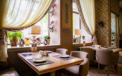Банкетный зал ресторана Хинкали Хаус на Бережковской набережной