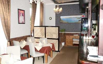 Банкетный зал кафе, ресторана Роштиль на улице Воеводина фото 1