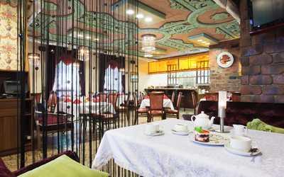 Банкетный зал кафе Грильяж на улице Академика Шварца фото 1