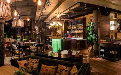 Банкетный зал ресторана RAGU (Рагу) на Красном проспекте