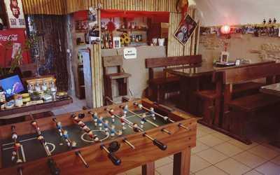 Банкетный зал кафе огоХого на 1-й линии Васильевского острова