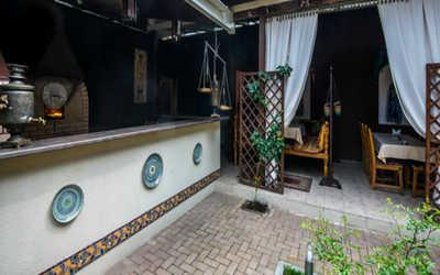 Банкетный зал ресторана Чор Минор на улице Красной фото 2