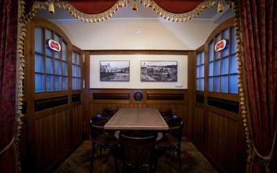 Банкетный зал пивного ресторана Швейк (Svejk) на улице Фрунзе фото 3