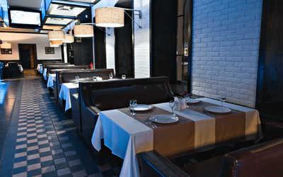 Банкетный зал пивного ресторана, ресторана Нева на улице Куйбышева фото 3