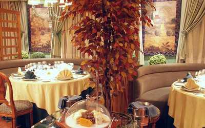 Банкетный зал ресторана Эрнест на улице Космонавта Беляева фото 3