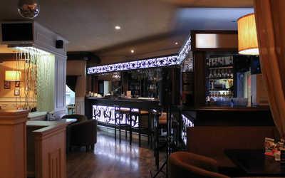Банкетный зал паба Япона Pub на улице Мира
