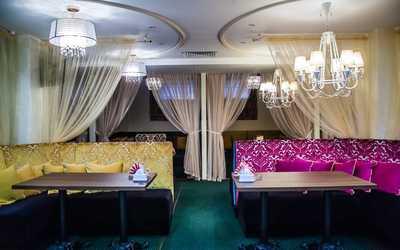 Банкетный зал кафе Х.Оттабыч и Диван на проспекте Фатыха Амирхана