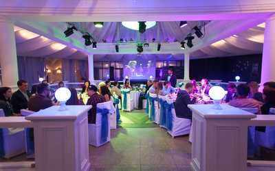 Банкетный зал ресторана Паккери на шоссе Революции