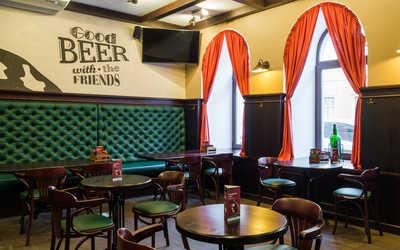 Банкетный зал гастропаба, стейк-хауса Oldham на Зверинской улице