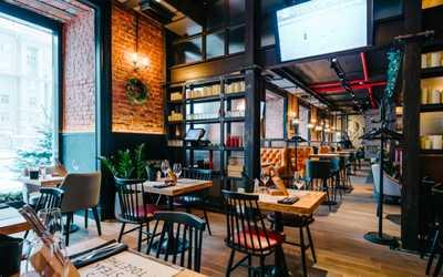 Банкетный зал ресторана, стейк-хауса Hitch (Хич) на Московском проспекте