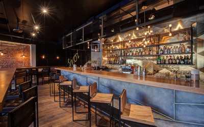 Банкетный зал бара, пивного ресторана Svoi (Свои) на набережной Реки Фонтанки фото 1