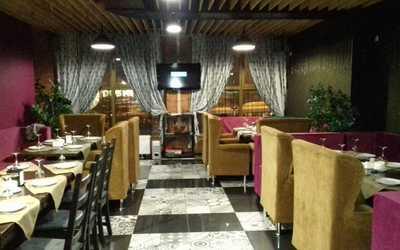 Банкетный зал ресторана Манхэттен на улице Гагарина фото 2