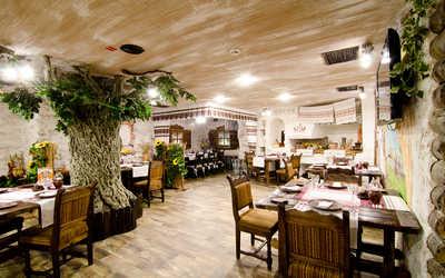 Банкетный зал ресторана Вечера на хуторе на улице Александра Логунова