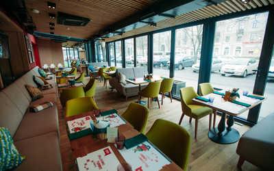 Банкетный зал ресторана Italy на Энгельса на проспекте Энгельса