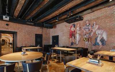 Банкетный зал ресторана Находка seafood&bar на Конюшенной площади фото 2