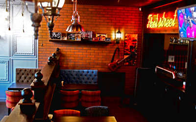 Банкетный зал гастропаба Fleet Street на улице Бутлеровой фото 1