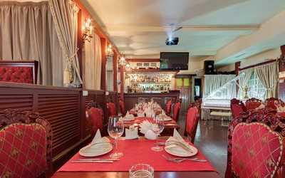 Банкетный зал ресторана Деникин на улице Куйбышева