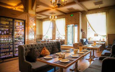 Банкетный зал ресторана Чурчхела на Бережковской набережной фото 1