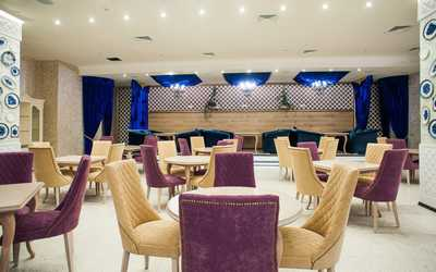 Банкетный зал ресторана Chandelier (Шанделир) на 1-ой улице Машиностроения фото 1