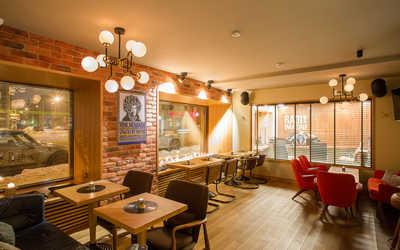 Банкетный зал кафе In Rock Cafe на улице Жуковского фото 1