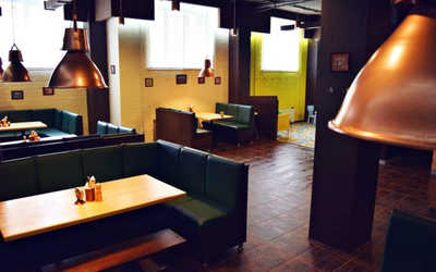 Банкетный зал ресторана Коза (Козловица) на улице Бейвеля фото 3