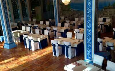 Банкетный зал ресторана Бакинская бухта на Минской улице Вл фото 2