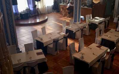 Банкетный зал ресторана Бакинская бухта на Минской улице Вл фото 3